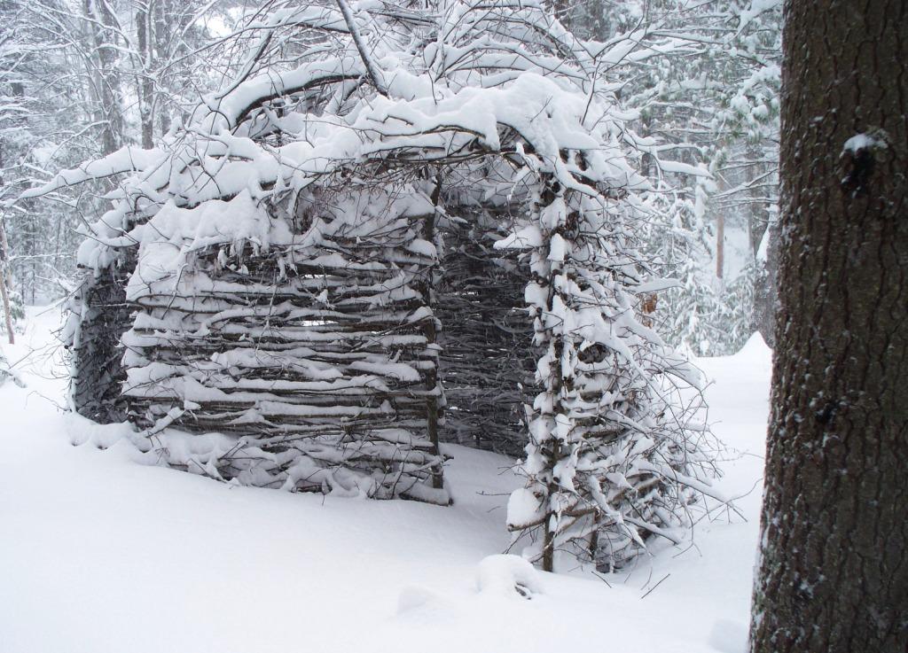 19.Perrine,hut winter