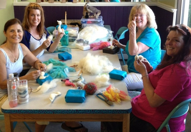 Kris' students learn to use wool fiber in new ways