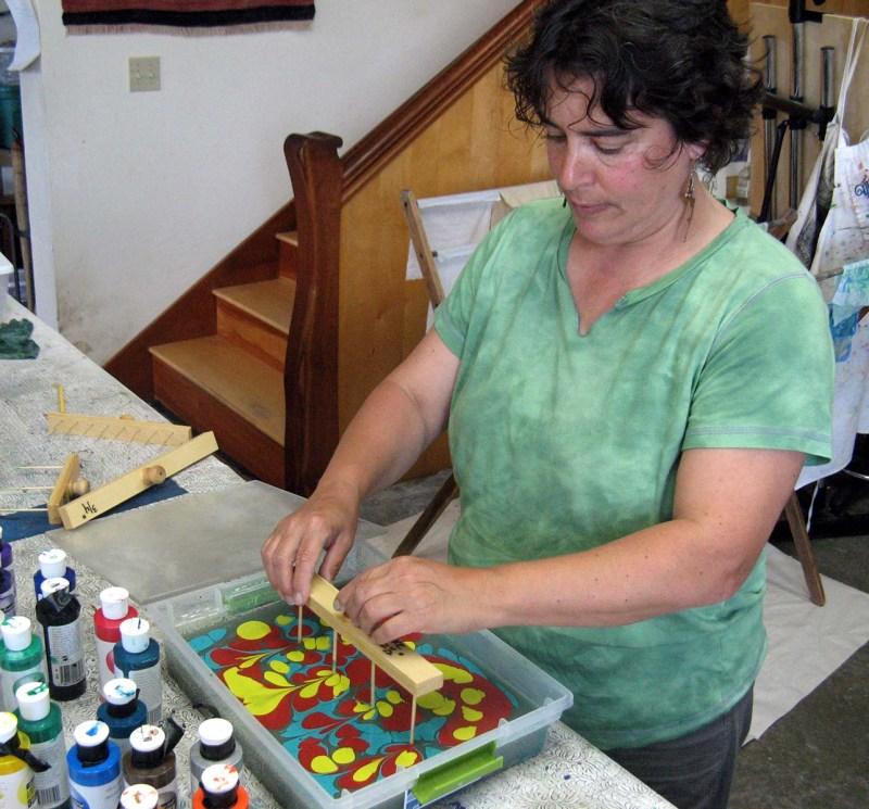 Cynthia creates beautiful paper with the raking technique.