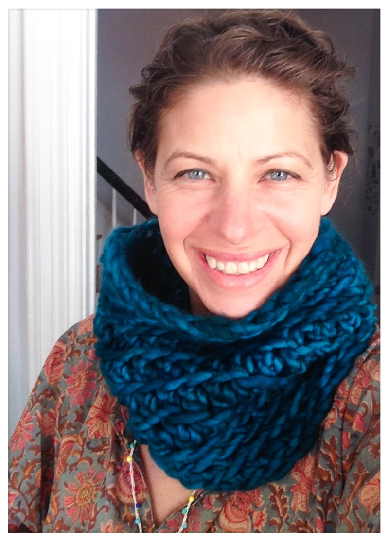 Stein's crocheted Saranya Cowl is available on Ravelry.